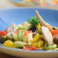 Weißer Thunfisch-Nudel-Salat