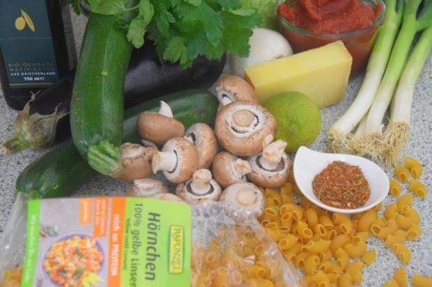 gemüse mit linsen-hörnchen und bummerlsalat (1)