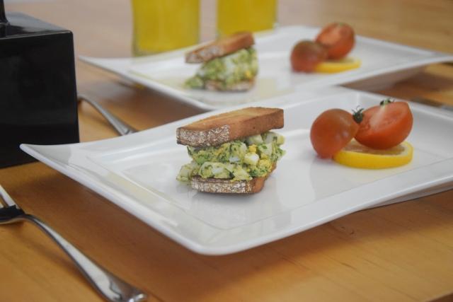 Avocado-Frühstücksei (3)