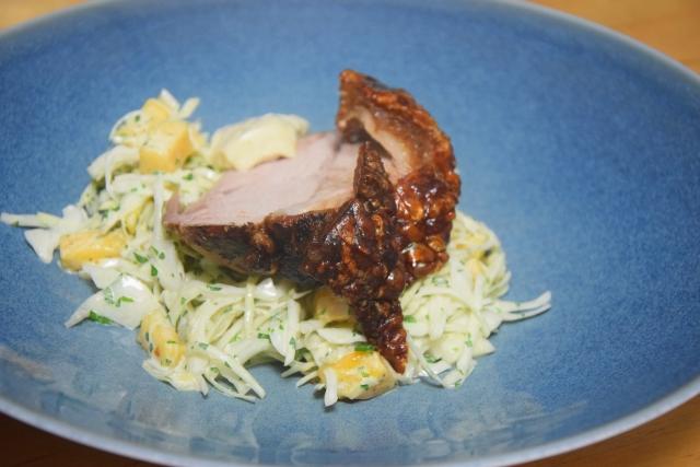 Schweinsbraten mit Mango-Krautsalat (4)