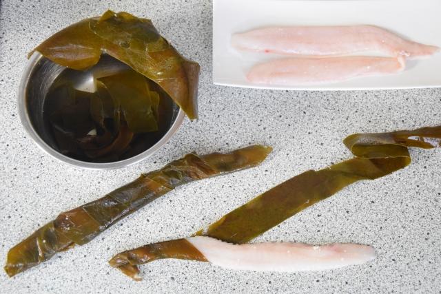 Seezunge, Ponzu, Brokkoli, Reis, Knoblauch-Mayonnaise, grüner Eistee (2)