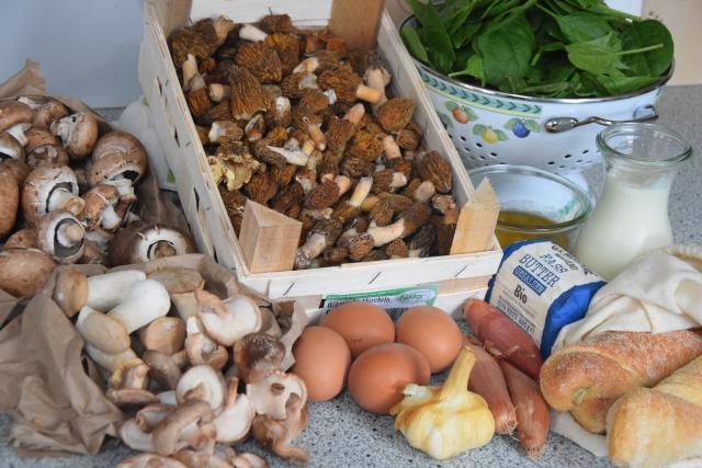 Eier mit Spinat und Pilzen (1)