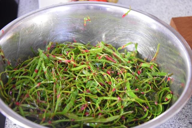 Mangoldsalat mit Ziegencamembert-Ecken (2)