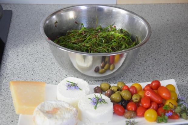 Mangoldsalat mit Ziegencamembert-Ecken (3)
