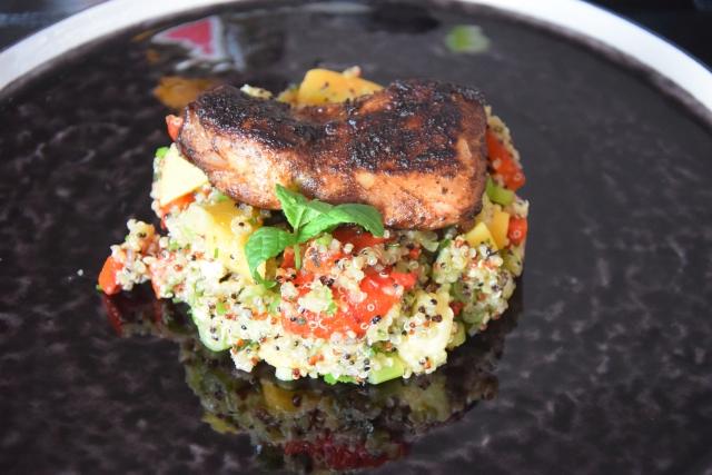 Quinoa-Gemüsepfanne mit Hendl