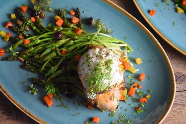 Huhn, Spargel, Karotten, Kerbel-Dip (3)
