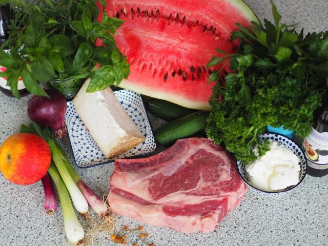 Steak mit Melonensalat und Frischkäsedip (1).jpg
