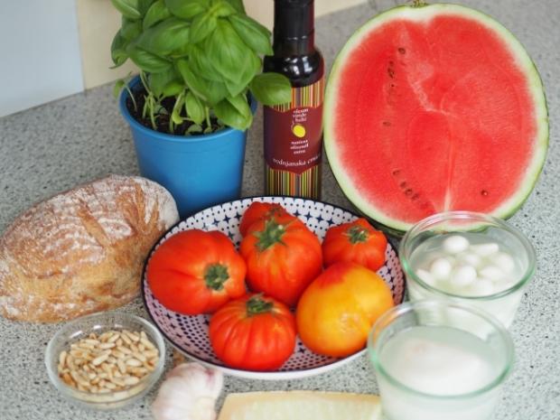 Mozzarella-Melonen-Spieße mit Pesto  (1).jpg