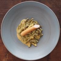 Dill-Fisolen mit Wiener Würstchen