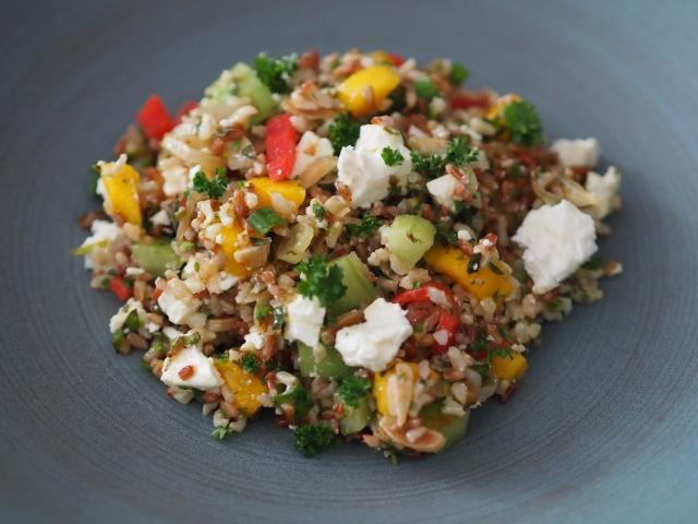 Schafkäse-Mango-Salat mit Reis (3).jpg
