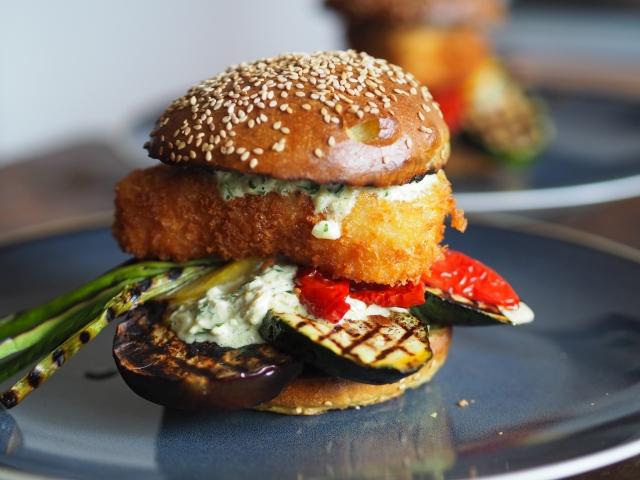 Melanzani-Zucchini-Fischburger – Verachtet mir den Burger nicht