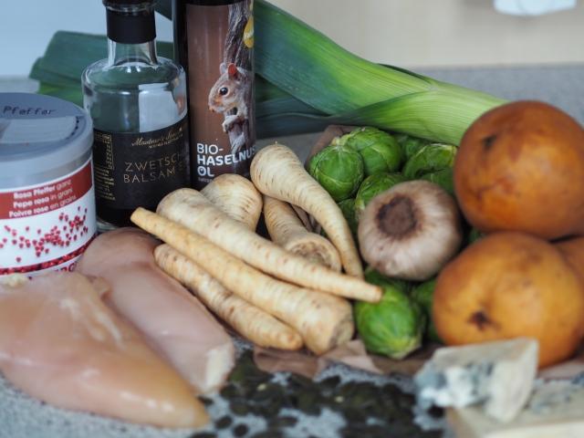 Hühnerbrust mit Lauch und Kohlsprossen-Salat (1).jpg
