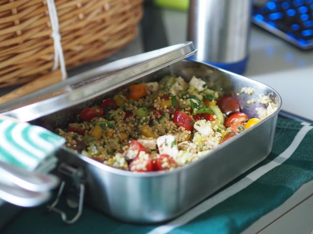 Hirsesalate zum Mitnehmen