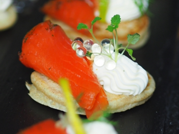 Kaviar und Blinis (6)